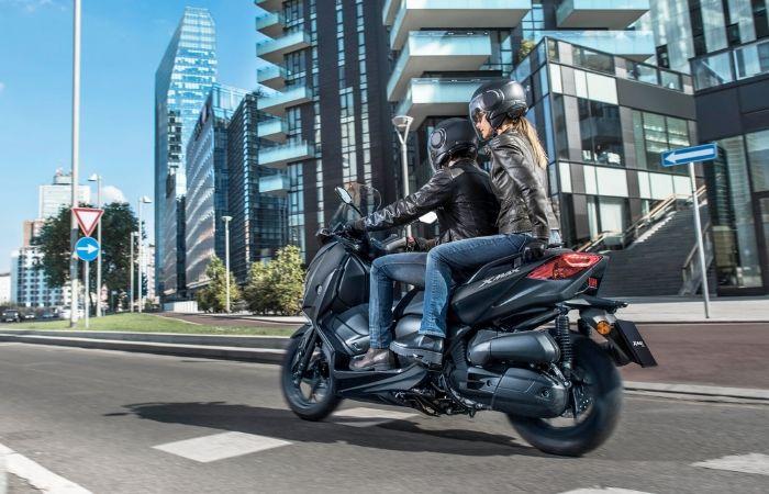Les meilleures ventes de scooters en 2018 avec le yamaha xmax numéro 1 des ventes