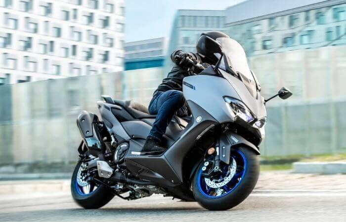 Passer le permis moto automatique pour conduire un maxi-scooter