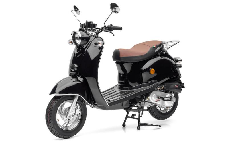 Le scooter électrique Retro Star vendu 999 euros par Aldi