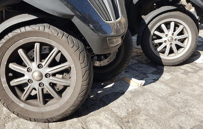 Quelle pression pour des pneus de scooter ?
