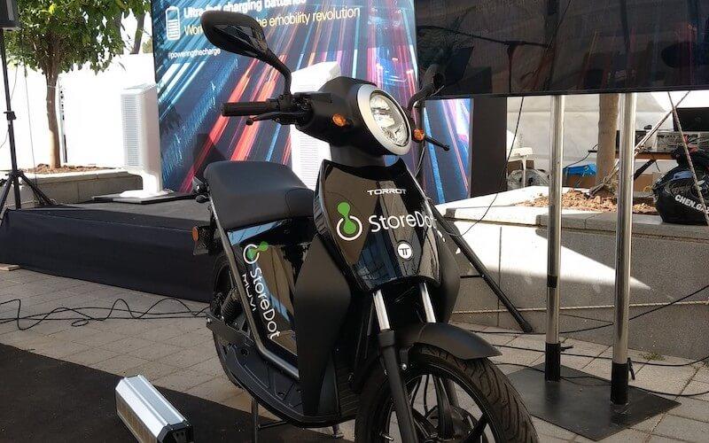 Le scooter électrique dont la batterie a été chargée en 5 min par StoreDot