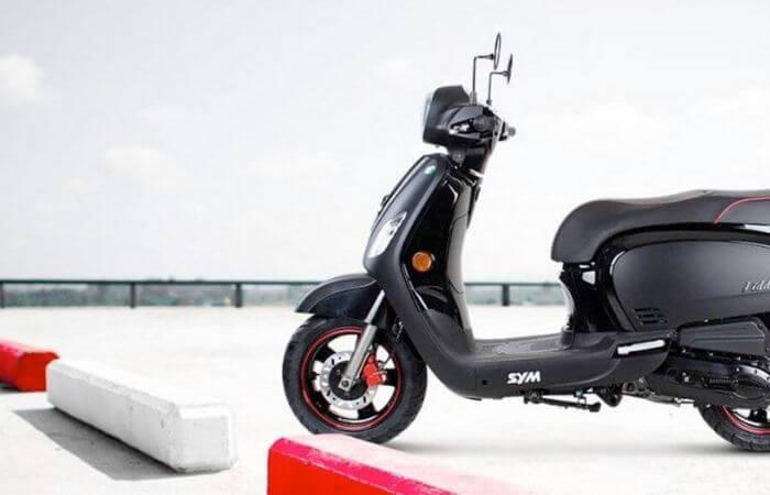 Quel est le prix d'un scooter 50cc neuf ? La liste des modèles classés du moins cher au plus cher